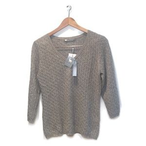 """NWT """"in Cashmere"""" cashmere sweater, size Large"""
